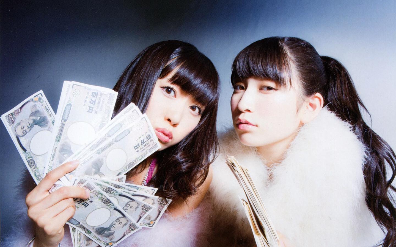 NMB48壁紙(渡辺美優紀+吉田朱里 ... : 2014 卓上カレンダー : カレンダー