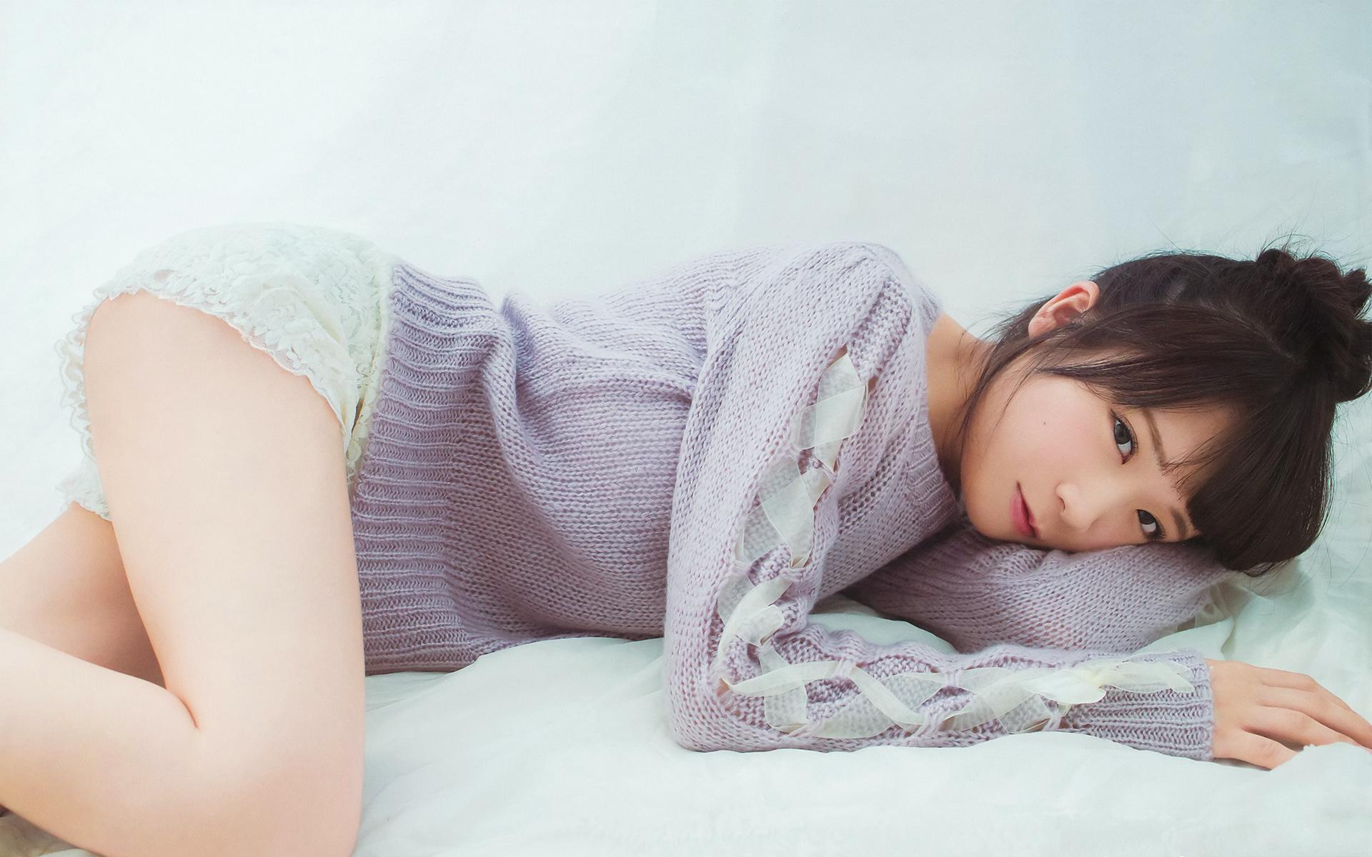 「秋元真夏 尻」の画像検索結果